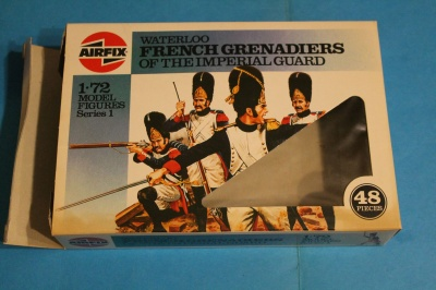 AIRFIX 01749 - Waterloo French Imperial Guard.