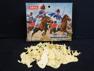 AIRFIX - S43-89 - Waterloo British Cavalry (Hussars)