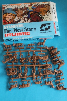 ATLANTIC - Far West Story COW-BOYS STAMPEDE - VINTAGE  1/72