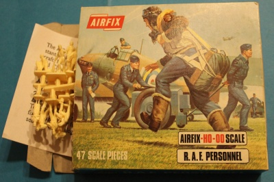 Airfix  01747 - WWII R.A.F. Personnel