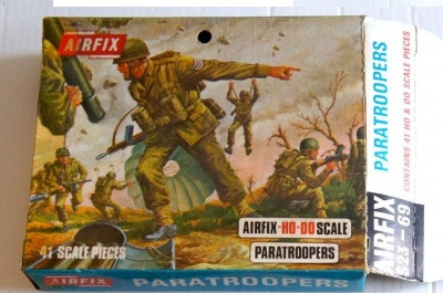 Airfix - WWII PARATROOPERS