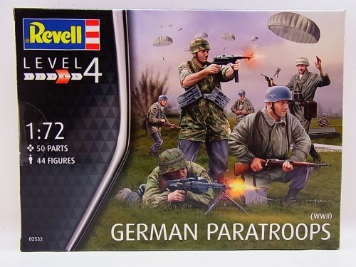 REVELL 02532 GERMAN PARATROOPS WWII CRETE -44 figures